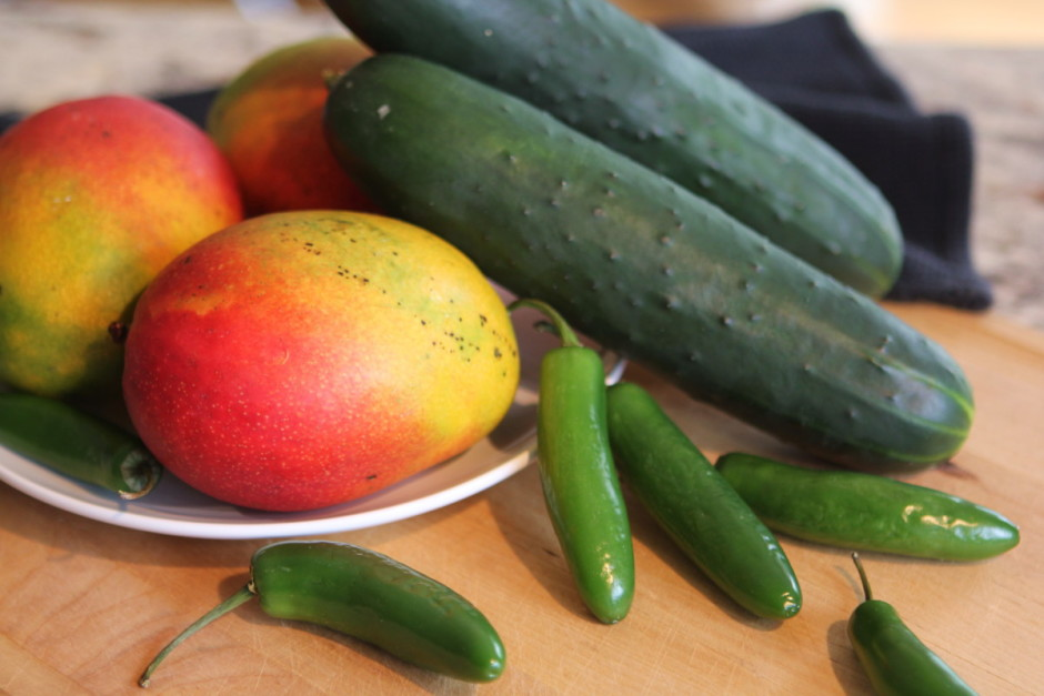 Mango Cucumber and 3-Pepper Salsa | BaconFatte.com