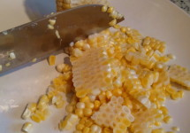 How To Cut Corn Off the Cob - Fast, easy and clean!   BaconFatte.com