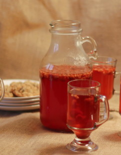 Warm Spiced Raspberry Apple Cider