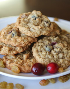 Oatmeal Cookies with Cranberries, Golden Raisins and Five Spice