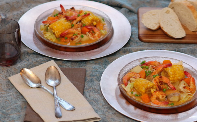 Peruvian Shrimp, Corn and Vegetable Chowder