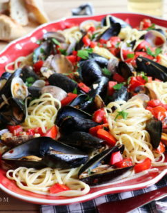 Linguine con le Vongole e Cozze – Linguine with Clams and Mussels