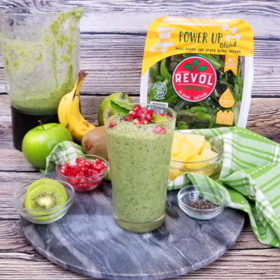 Fresh Greens and Fruit Smoothie